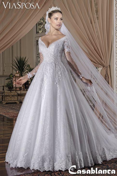 26f80f5a83 Vestido de noiva Via Sposa Coleção Casablanca 27   Vestido rodado com  pregas