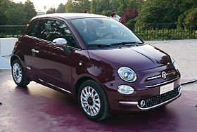 """ 15 - ITALY - Fiat 500 restyling in Sempione Park (Sforzesco Castle) in Milan - world premier 2015 Hatchbacks purple lounge and white sport 05.jpg"