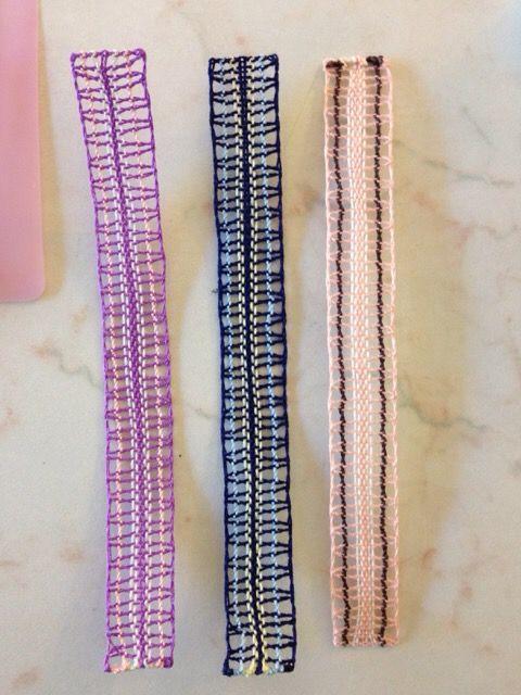 kotayuさんはムジシュコウの見本用パターンに色を使って栞を作りました。糸の流れが分かりやすいですね。3/20151001