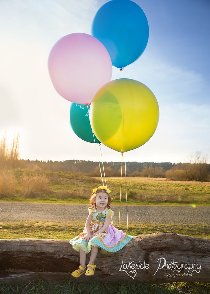Elsie turns 4..  #Birthdaypictures #Balloons  #Littlegirlportraits.  https://www.facebook.com/pages/Lakeside-Photography/131249256979838