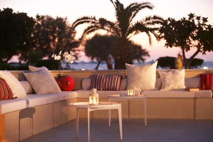 Meli Palace, Beachside dining