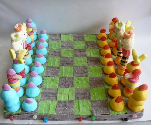 Mejores 272 im genes de tartas y decoraci n con chuches en - Adornos con chuches ...