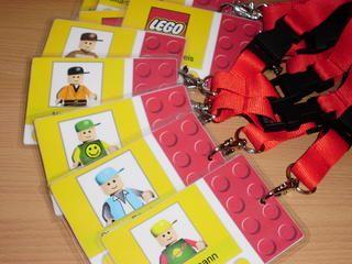 Lego hat meine Jungs über Jahre treu begleitet, deshalb sollte auch dieses Thema in einen Geburtstags umgesetzt werden.     Für die Einl...