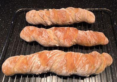 Lolos Matblogg: Vridna baguetter