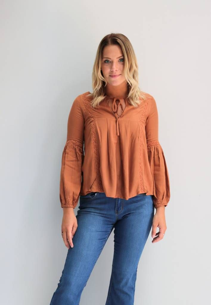 The Copper Closet - Long Sleeve Camel Top // $26.00 // Visit The Copper Closet for affordable fashion under $45 everyday!