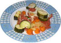 Warzywa z mięsem wołowym gotowane na parze