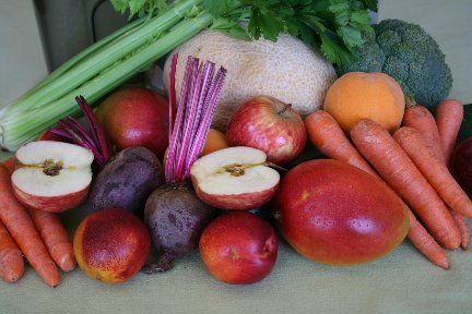 Slim-Down Treat Recipe    5 carrots  1 apple  1/2 cucumber  1/2 beet  1 rib celery    Run the vegetables through your juicer in any sequence you wish.  Add a touch of fresh ginger, if you prefer a juice with more bite.