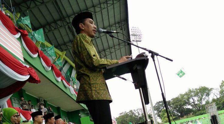 Presiden Jokowi hadiri Harlah ke-70 Muslimat NU, di Stadion Gajayana, Malang, Sabtu (26/3).