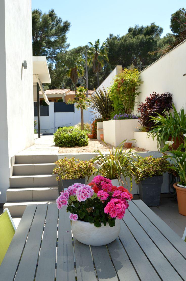jardineras de obra desde la terraza abril