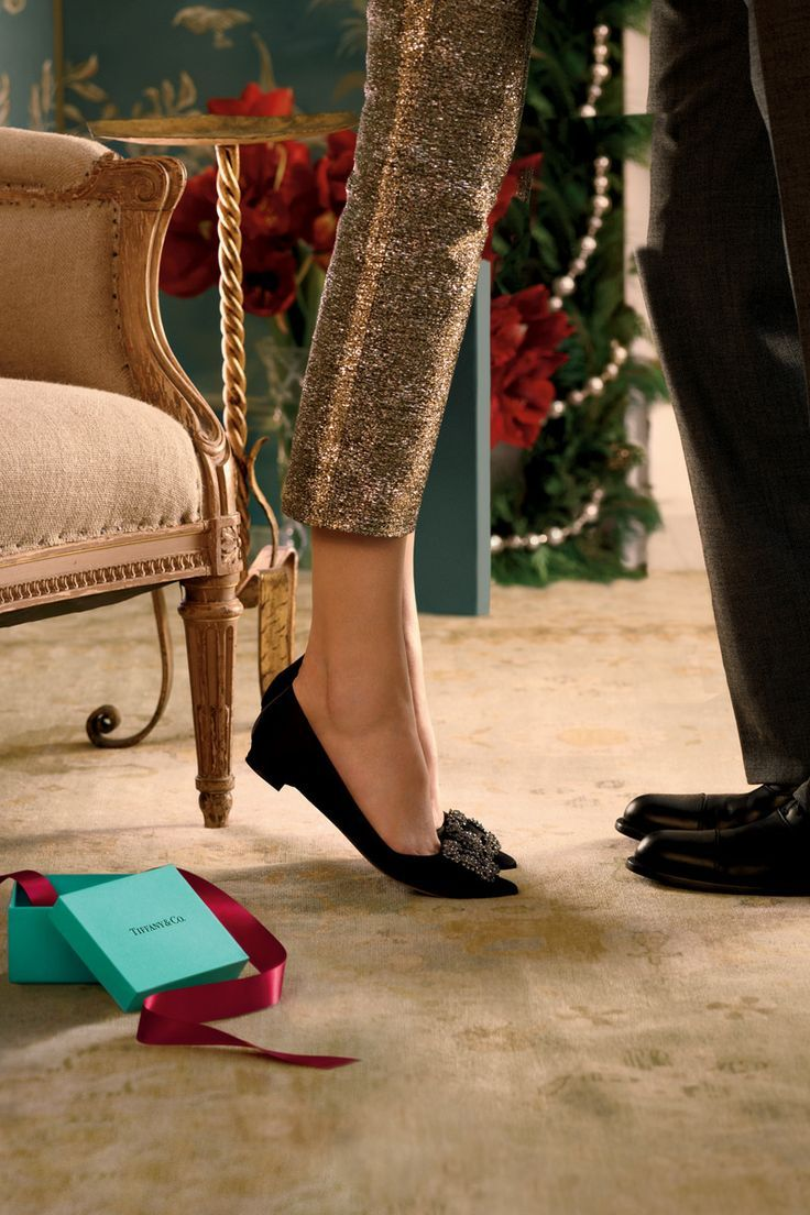 Love the shoes and pants - super cute for the holidays . . .