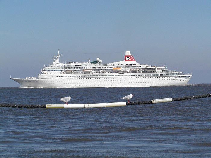British Cruise Ship Has Technical Problems And Tragedy