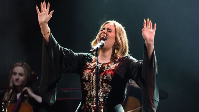 Adele Says She Declined Offer to Perform at 2017 Super Bowl Halftime Show