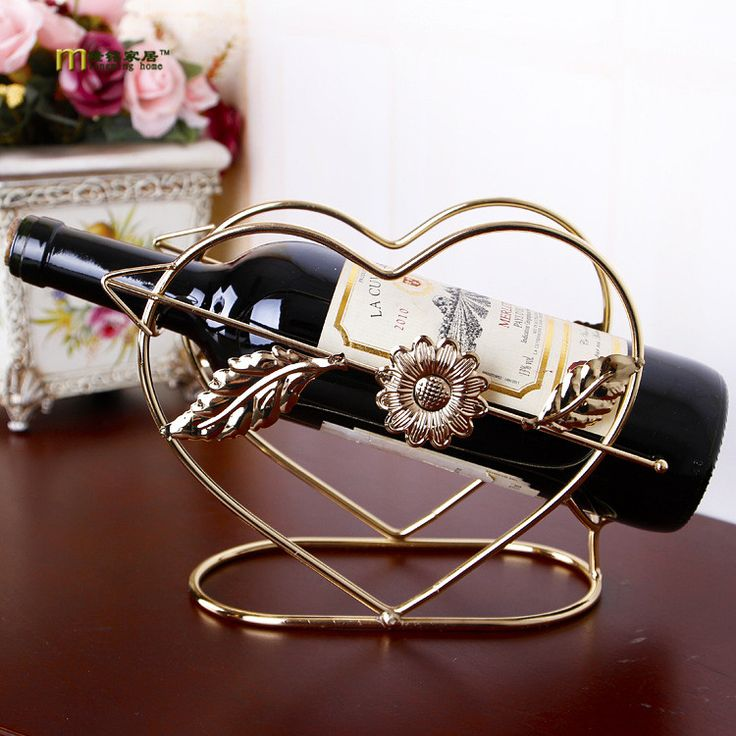 1PC Longming Home Iron crafts creative heart-shaped wine holder Home Furnishing table ornaments wholesale wine rack JX 1147