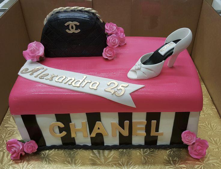 Calumet Bakery Shoe box cake with shoe and purse