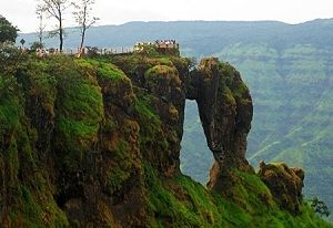 Pune to Mahabaleshwar Cab Services - Call Now for best seasonal deals. Cabs from Pune to Mahabaleshwar Package includes sightseeing