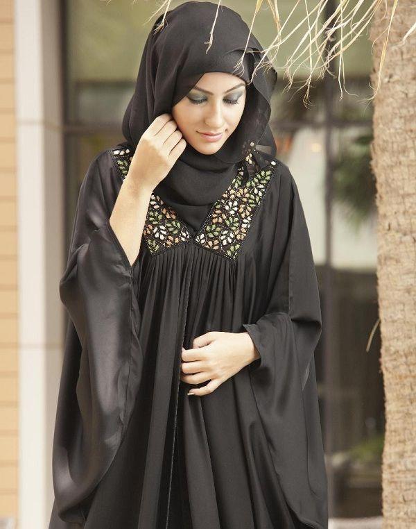 Beautiful Black Abaya Styles 2013