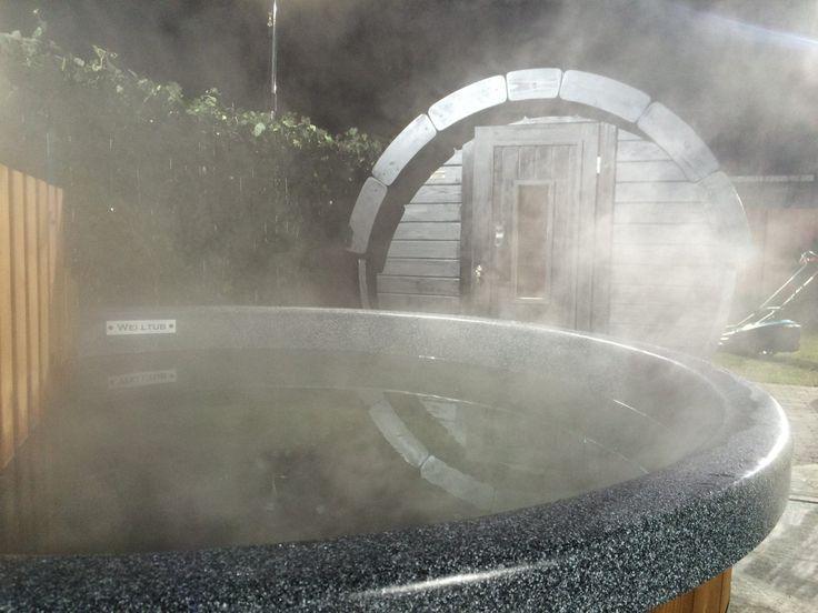 Houtgestookte Hottub' Helemaal 'back to nature'!