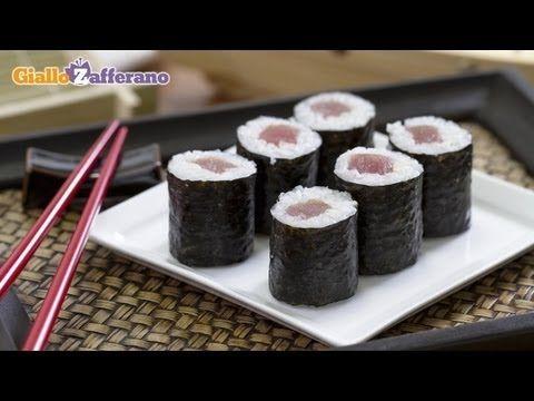 Hosomaki - come fare il sushi in casa, la ricetta di Giallozafferano - YouTube
