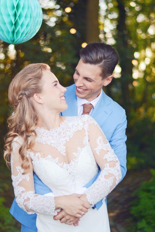 Credit: Love & Tenderness Photography - huwelijk (ritueel), liefde, vrouw, buitenshuis, romance (relatie), bruidegom, volk, natuur, bruid, plezier, saamhorigheid, mannelijk, zomer, twee, vreugde, schattige