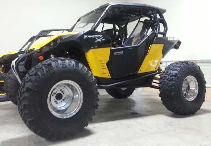 The 101 Horsepower CanAm Commander with a set of 36
