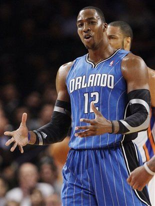 Dwight Howard joins a star-filled #Lakers lineup that includes Kobe Bryant, Pau Gasol and Steve Nash. (AP) #NBA #Basketball