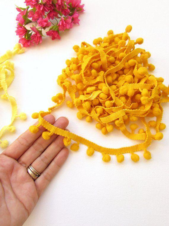 30mm or 3cm width 5 Metre length of single edge pumpkin lace Approx
