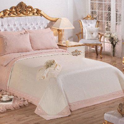 Ev ve yatak odası tekstilinin vazgeçilmezi olan pike takımları, en şık ve modern çeşitleri ile Halistres.com'da! http://www.halistores.com/pike-takimlari