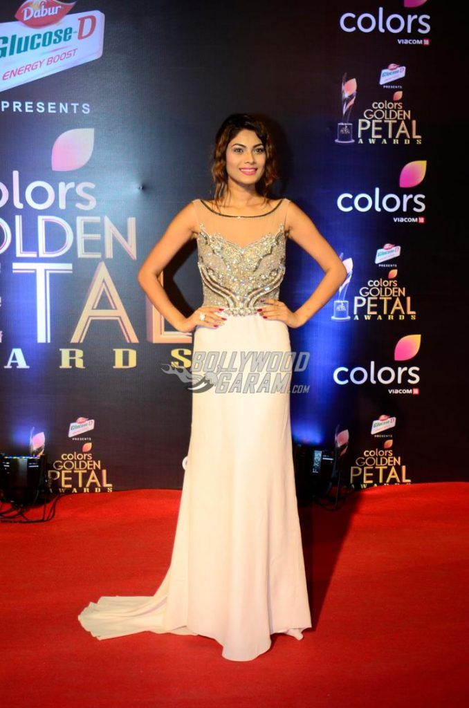 Bigg Boss Season 10 contestant, Lopamudra Raut at 5th Golden Petal Awards red carpet