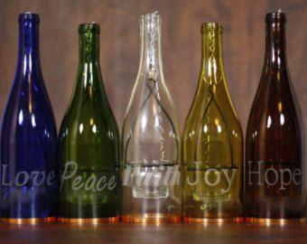 Botella de vino linterna Set - regalos para mamá - botella de vino Decor - regalo del vino - interior luz - Portavelas colgantes - huracán grabado laser