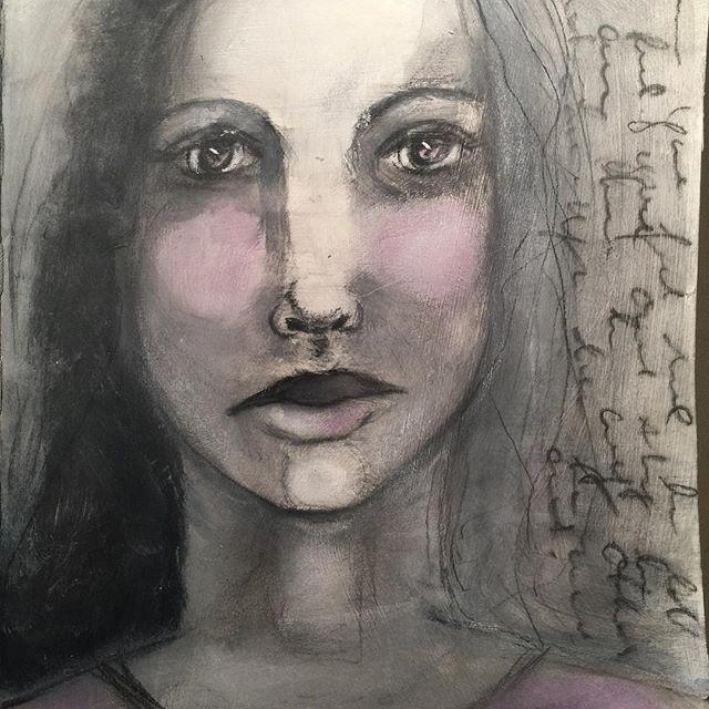 Loving this #face! #artstudio #dayoff #nowork #påskeferie #kunstwerk #art #becominganartist #easterart #inspired  #makeart #contecrayon #portrait #lykkeligkreativ #artjournal #painting #gesso