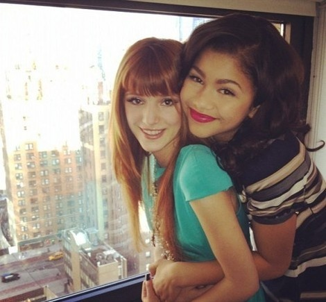 Love this picture of Zendaya and Bella Thorne!