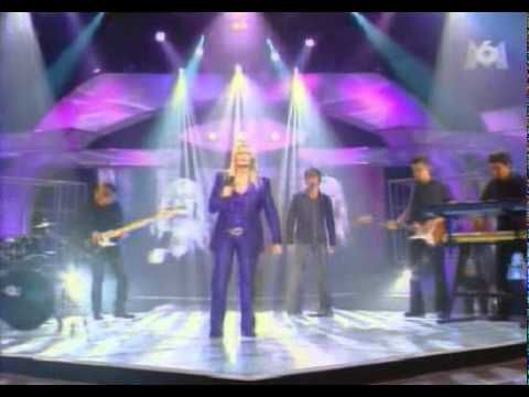 Bonnie Tyler Total Eclipse Of The Heart Live at M6 TV Show, France 2002 #bonnietyler #bonnietylervideo #gaynorsullivan #gaynorhopkins #music #rock #thequeenbonnietyler #therockingqueen #rockingqueen #2000s #2002 #M6 #totaleclipseoftheheart #bonnietylerfrance