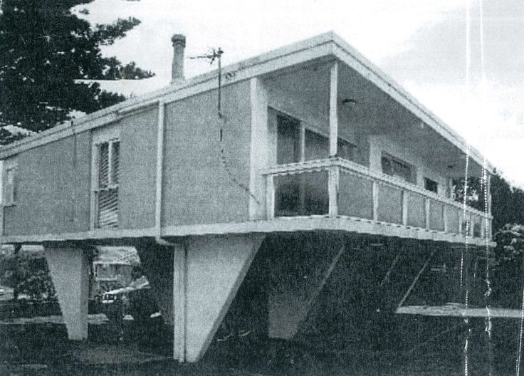 The Safari House 16 Hunter Road Mosman. Built in 1963 the architect was Nino Sydney for Lend Lease. Lend Lease only built ten of these houses as the concreting proved too expensive.