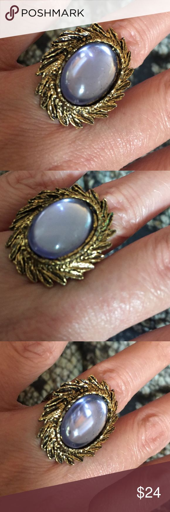 Stevie Nicks Vintage Blue Moon Gold Ring Gypsy 🌛✨ Vintage blue cameo gold colored ring with fan detail at base. Ring has a blue glass cameo at center. The gold band has a Floral pattern. Very bohemian, and perfect for a Gypsy Goddess. Adjustable band to fit any size. Vintage Jewelry Rings