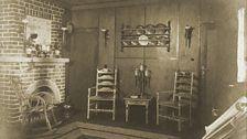 Groß Glienicke Living room by Lotte Jacobi, 1928 (Alexander Family Archive)