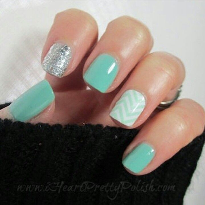 Turquoise Stiletto Nail Art: Turquoise Silver Glitter Nails
