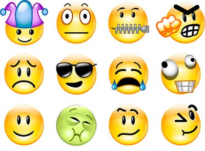 30 New Smiley Emoticons For Facebook Facebook Emoticons Cool Collection