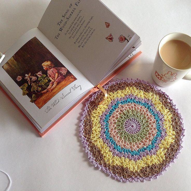 #handmade #crochet #crochetlobby #crochetmandala #book #tea #snap_ish #notonlymama #cicelymarybarker #レース編み #ドイリー #紅茶#本#シシリーメアリーバーカー