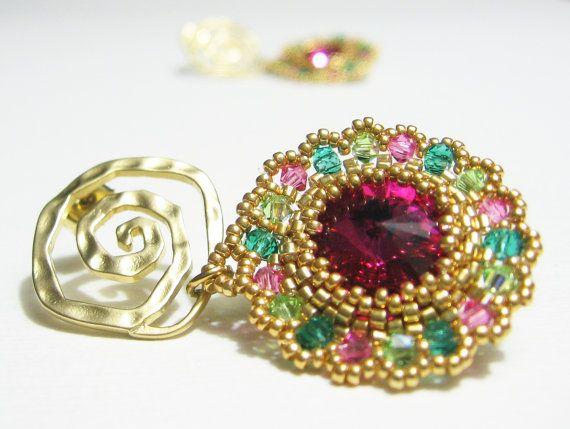 Orecchini tessuti a mano Cristallo Swarovski di jewelrysoutache, €55.00