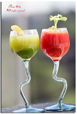 Healthy drinks made from fresh fruits and vegetables