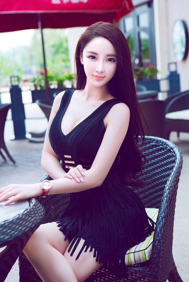 Mai Ping Guo (麥 apple 的 小洋 桃/麦 苹果 waiting)