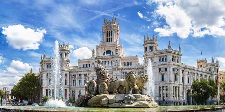 Spain: Luxe 9-Night Escorted Tour w/Flights