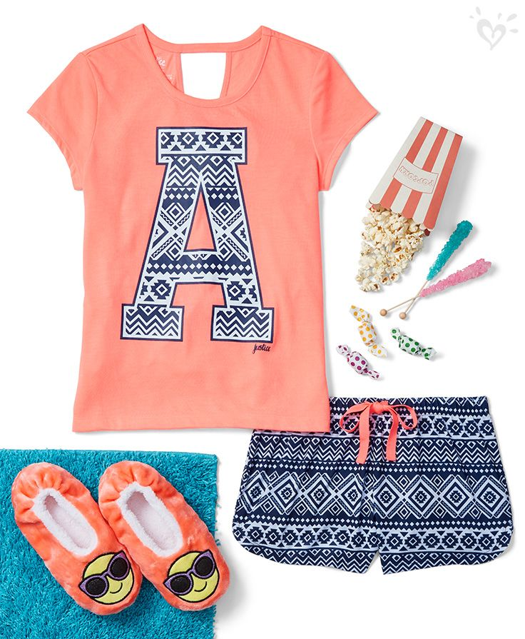 Choose to snooze in vibrant colors and poppin' prints!