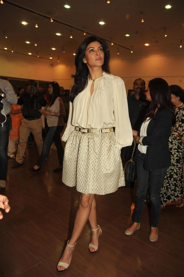 Sushmita Sen at Art Exhibition of Women and We Men.