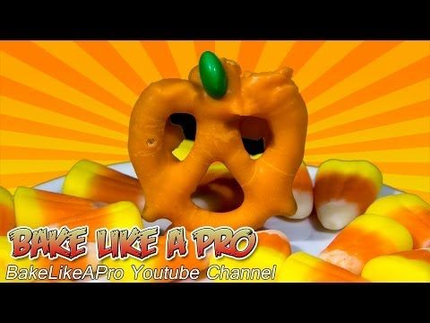 """Halloween pumpkin pretzels recipe !    All you need are some pretzels, candy melts and green M&M's candy.  Happy Halloween !  Please subscribe, like and share if you can, I do appreciate it.  My Facebook Page: http://www.facebook.com/BakeLikeAPro My Twitter: http://twitter.com/BakeLikeAPro  Are you a mobile user ? Here is the clickable link to the video recipe preview you saw at the end of this video: Homemade Halloween """"Oreo"""" Style Cookies Recipe  http://youtu.be/ucfWeP-nvTw"""