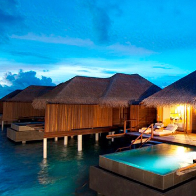 Tahiti Accommodation Over Water Bungalows: 17 Best Images About Huts On Water On Pinterest