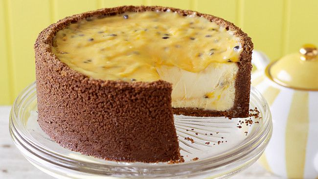 Passionfruit Curd Cheescake.........adore passionfruit and with summer coming this will be perfect for Christmas