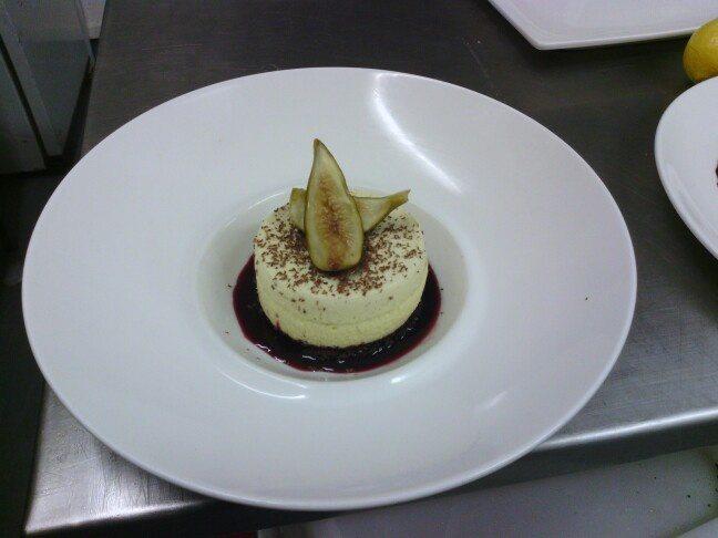 Vanilla and spice Bavarese, on Genoise sponge with poached figs and red wine syrup