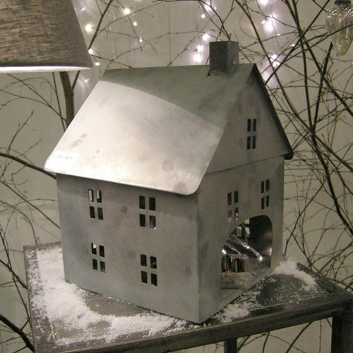 Photophore en métal ajouré maison Jardin d'Ulysse