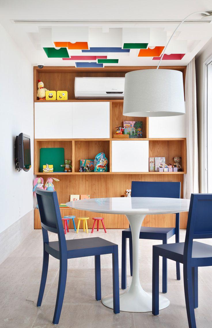 Ideia bacana de iluminação para quarto de criança.